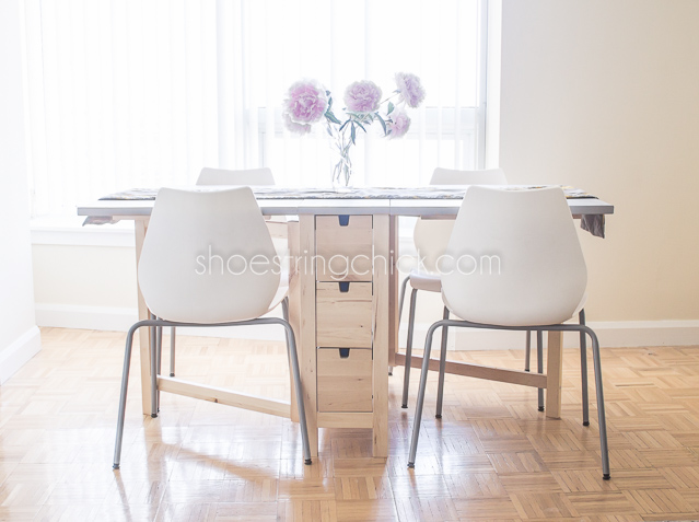 space saving apartment dining table shoestring chick. Black Bedroom Furniture Sets. Home Design Ideas